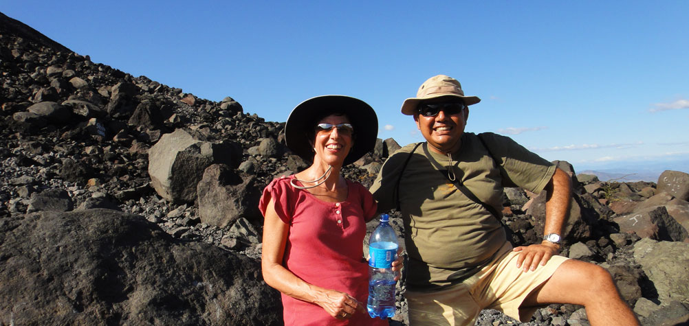 Discover Nicaragua with a tour of cerro negro volcano with one of our profesional guides.